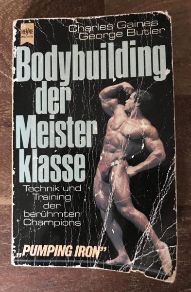 Pumping Iron ist genau so sehr Kult im Bodybuilding, wie dieser dokumentarische Roman der Bodybuilding-Bewegung der 70er Jahre