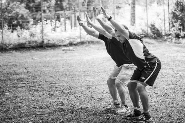 Übungen mit dem eigenen Körpergewicht und powerbands