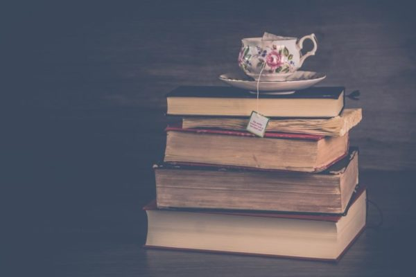 Mehr als nur eine Abstellkommode - gute Bücher