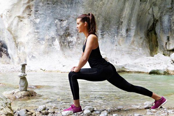 Übungen mit dem eigenen Körpergewicht sind der ideale Einstieg ins Krafttraining